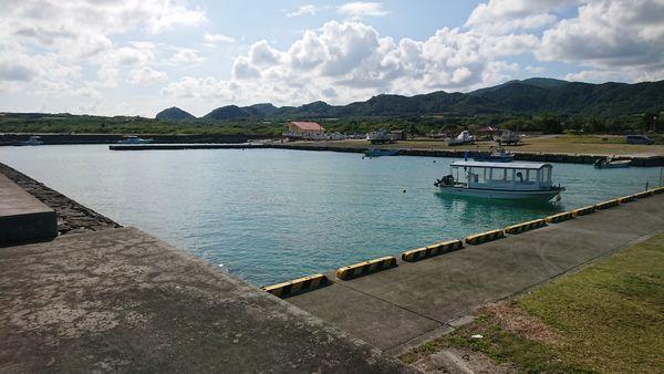 のんびり島タイムが流れる伊野田漁港