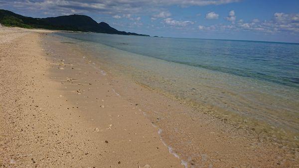 透き通った海水