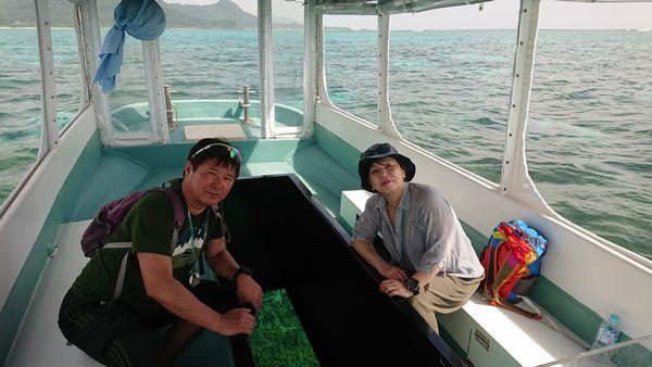 初石垣島、初グラスボートです