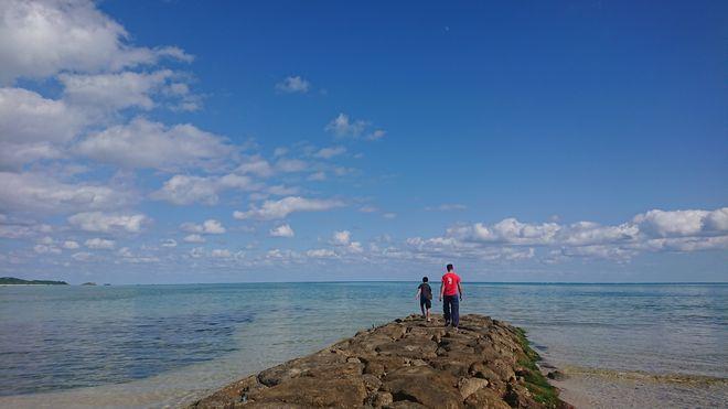 ビーチ散策。海を独り占め