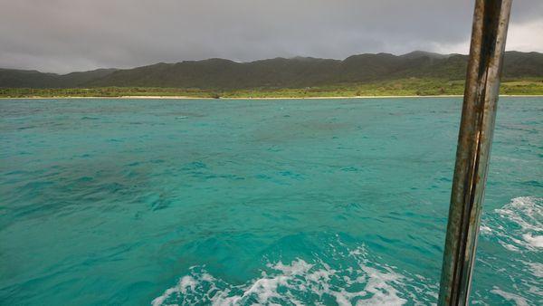 少し走るといつもの石垣島の海