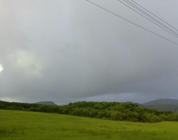 一日中雨の天気の石垣島です。