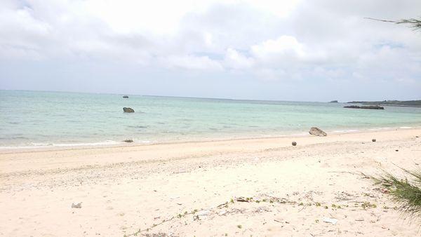 誰もいないが自慢のビーチ