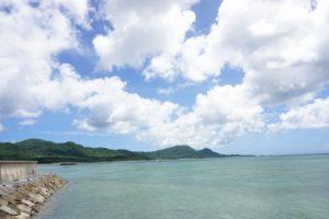 天気は快晴の石垣島!グラスボート営業しております!