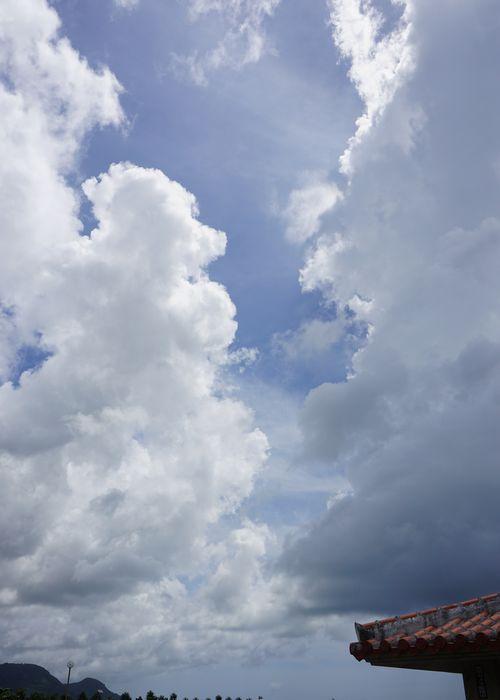 曇ったり晴れたりの石垣島です