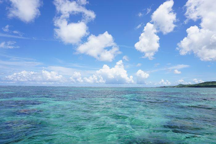 教科書通りの青い海と空