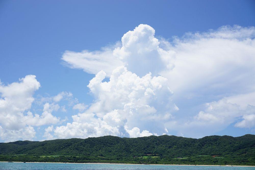 夏雲登場の石垣島です。