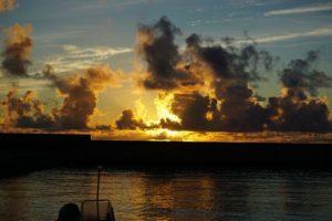 日本百景川平湾のグラスボート、そして石垣島東海岸もまた個性的です♪
