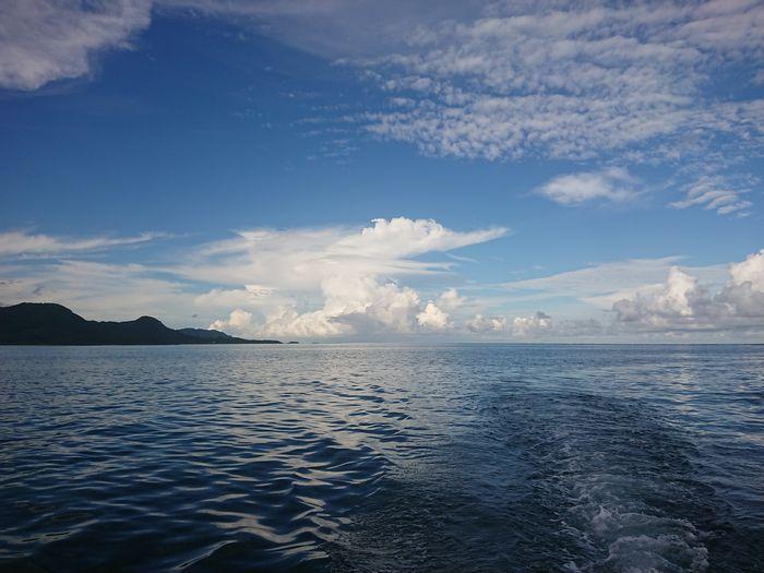 夕方、日差し和らいで穏やかな過ぎる海です